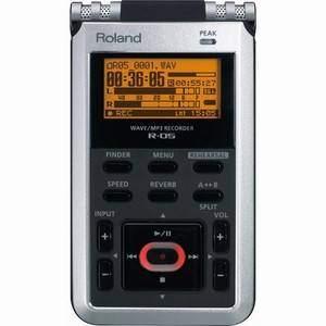 Roland R-05 Portable Recorder + Extra 4GB SD Card