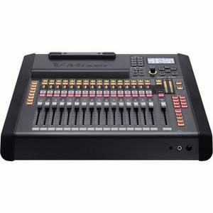 Roland M-200i 32-Channel Live Digital Mixer
